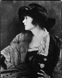 mae marsh by james abbe