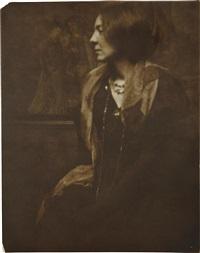 portrait of a lady by gertrude kasebier