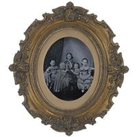 portrait of sophie reuter and her daughters by oskar h. fielitz