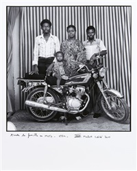 toute la famille en moto by malick sidibé