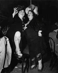 billie dauscha and mabel sidney, bowery entertainers by weegee