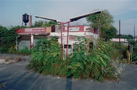 former gas station broadway camden by camilo josé vergara