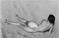 nude on sand, oceano by edward weston