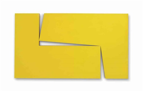 amarillo dos from the series estructuras by carmen herrera