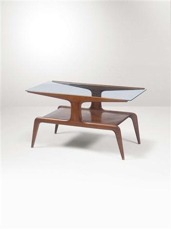 Tavolo basso in legno con piano in vetro von Gio Ponti auf artnet