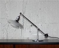 ph 2-1 table lamp by poul henningsen
