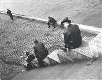 men on steps, paris by ilse bing