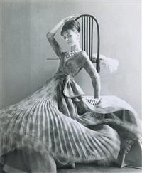 carla marlier en robe dior by guy bourdin