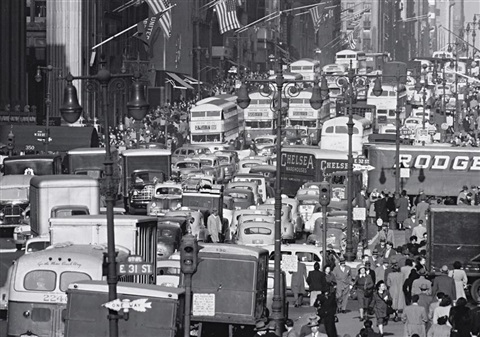 traffic on fifth avenue new york by andreas feininger