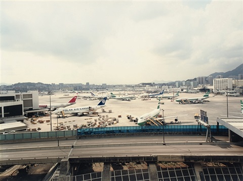 hong kong airport by andreas gursky