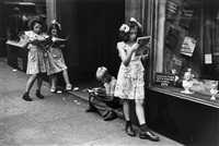 comic book readers by ruth orkin