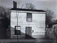 old house in fredericksburg, virginia by peter sekaer