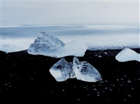 untitled (island, jokulsalon #3400) by kwun boomoon