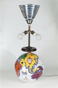 una lampada da tavolo mappamondo by zaccagnini