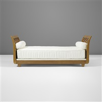 croisillon daybed by jean royère