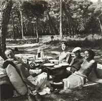 picnic, nusch and paul eluard, roland penrose, man ray and ady fidelin, île sainte-marguerite, cannes, frances by lee miller