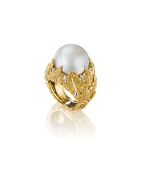 gold and cultured pearl ring by buccellati