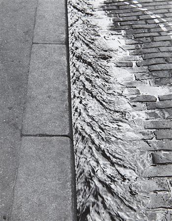 sidewalk paris by andré kertész