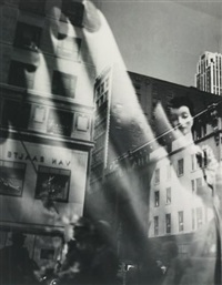 reflections, new york by lisette model