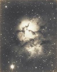 nebula magnus, slender network nebula coming apart et sagittarius, trifid nebula (mount wilson observatory) (2 works) by george willis richey
