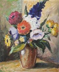 blumenstillleben in vase by lois alton