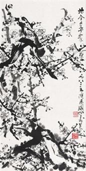 墨梅 立轴 水墨纸本 (painted in 1982 ink plum) by guan shanyue