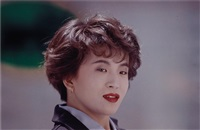 tokuyo yamada, hair designer, shinbiyo shuppan co., ltd., minami-aoyama, tokyo, april 14 (r), 1993 by christopher williams