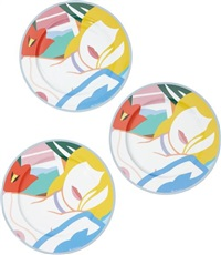 blonde vivienne: three service plates by tom wesselmann