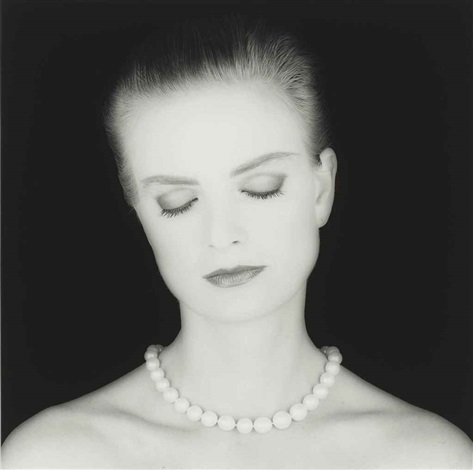 princess gloria von thurn und taxis by robert mapplethorpe