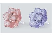 ornament: anemone ouverte (set of 2) by rené lalique
