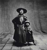 woman and child in hats, cuzco, 1948 by irving penn