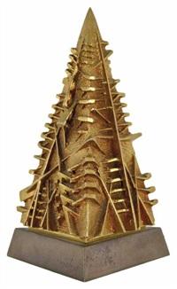 piramide by arnaldo pomodoro