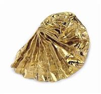 gold lustre by lynda benglis