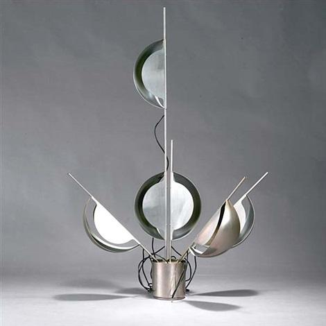 tisch bodenlampe fleur von jean pierre vitrac auf artnet. Black Bedroom Furniture Sets. Home Design Ideas