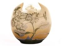 vase von mit hortensiendekor by émile gallé