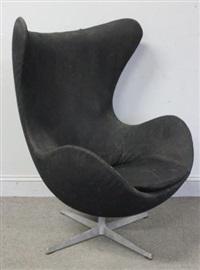 fritz hansen egg chair by arne jacobsen