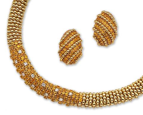 a necklace and earrings set of 2 by sabbandini
