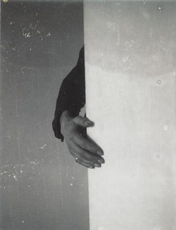 hand on wall by robert mapplethorpe