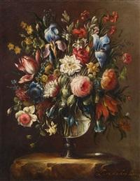 blumenstillleben in glasvase by juan de arellano