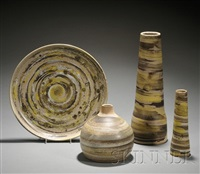 platter (+ 3 vases; 4 pieces) by gordon martz