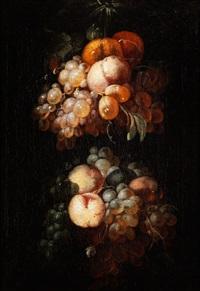 fruchtgirlande mit trauben, pfirischen und zitrusfrüchten by jan pauwel gillemans the elder