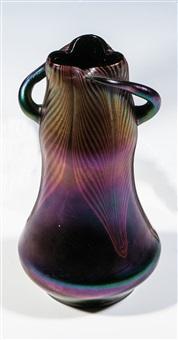 zierhenkelvase by ferdinand von poschinger