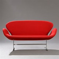 the swan sofa by arne jacobsen