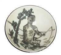 skål med motiv av mann med fiskestang by pablo picasso