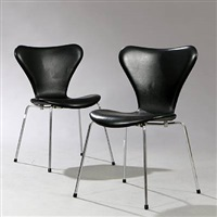 seven chair (model 3107) (pair) by arne jacobsen