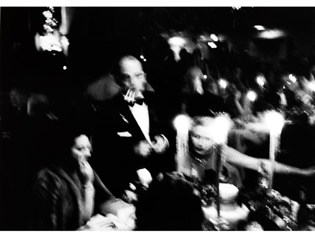 elsa maxwell charity toy ball im waldorf astoria, new york by william klein