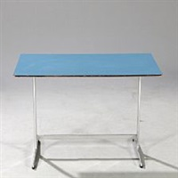 coffee table by arne jacobsen