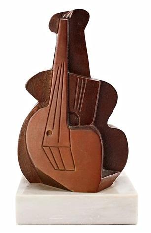 divertimento con picasso, la guitarra y el cubismo by pablo serrano aguilar