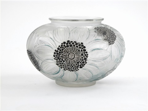 dahlias no938 vase by rené lalique