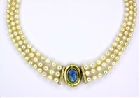 a necklace by peter gilder (co.)